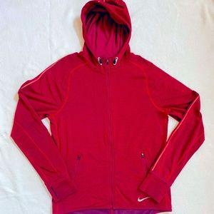 🏃🏽♂️💪🏽Stylish NIKE running jacket must have!!